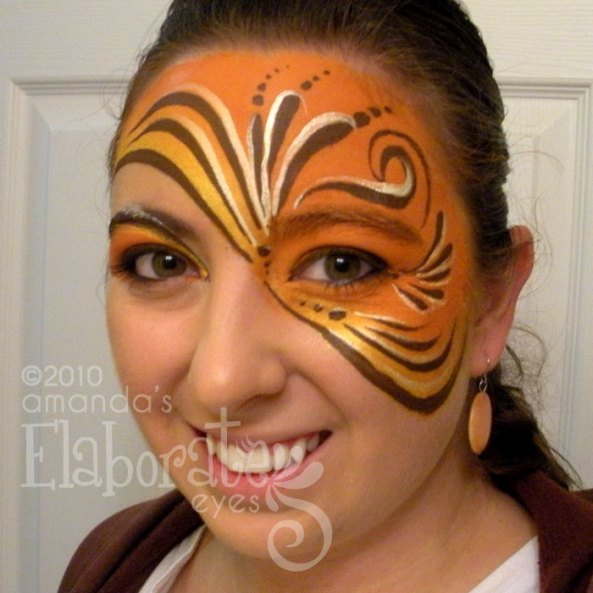 Browns Swirl Mask